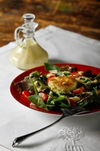 Salad with warm goat cheese | Food | Pinterest