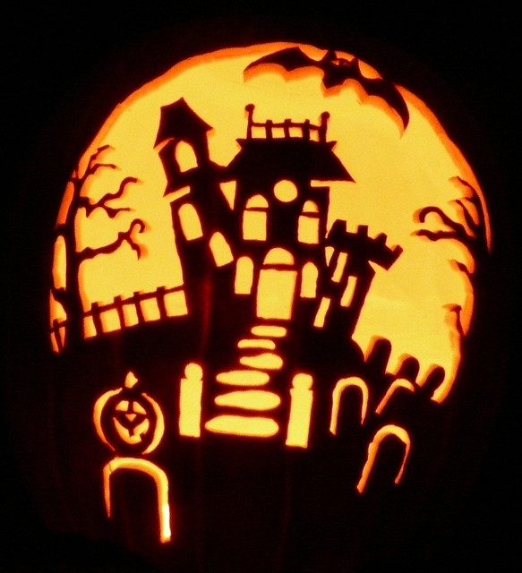 Haunted house by pumpken via flickr pumpkin