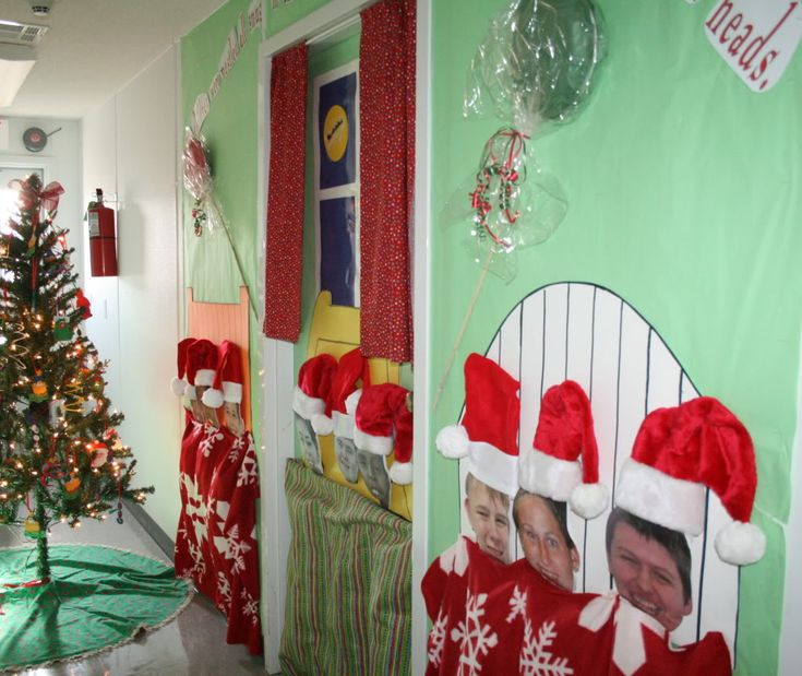 Christmas Door Decorating Contest Winners | IMG_2497.jpg Photo by ...