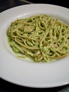Brooke Bakes: 15 Minute Creamy Avocado Pasta
