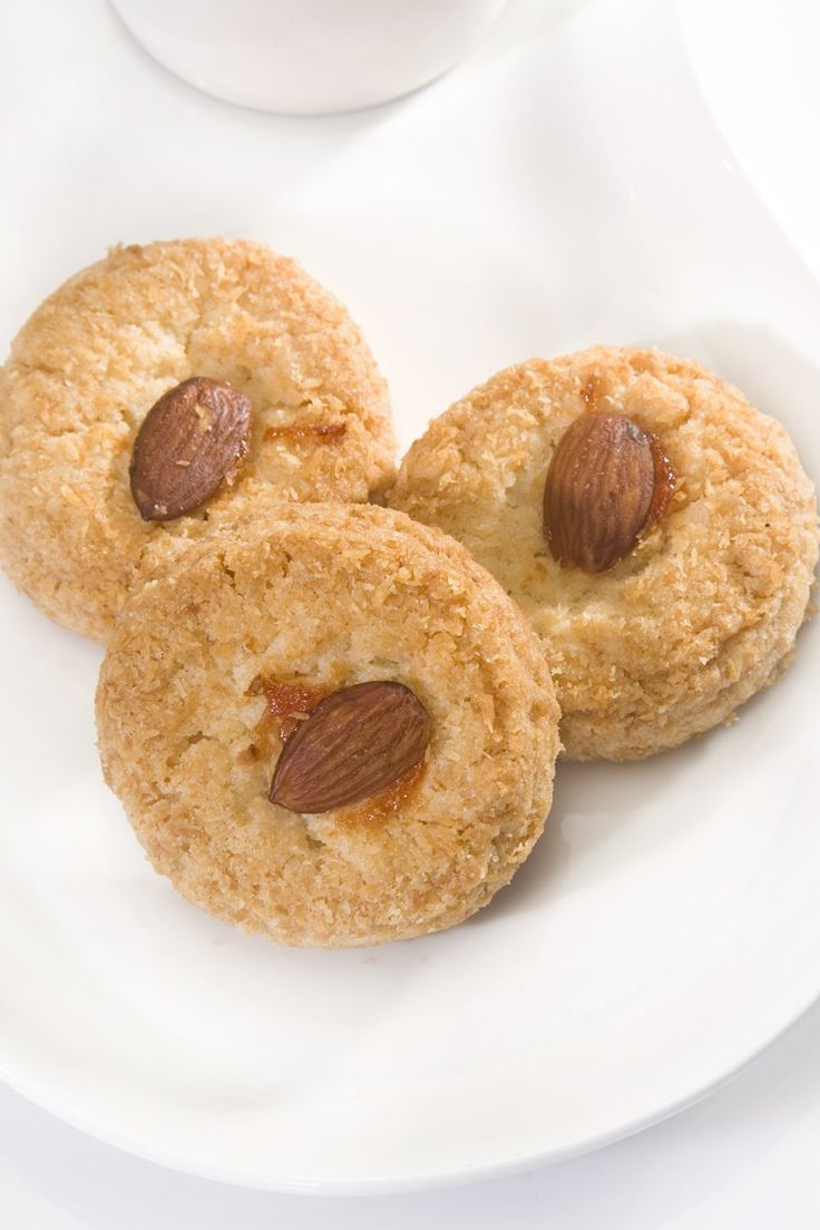 Chinese Almond Cookies Recipe | Cookie Central | Pinterest
