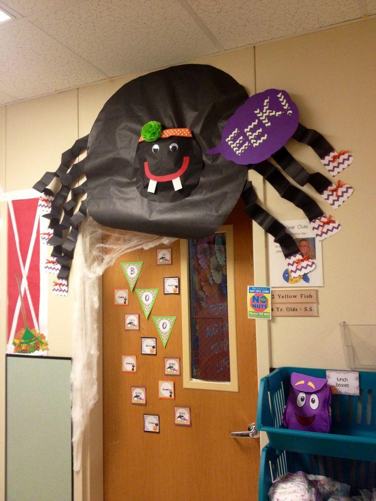 halloween spider classroom door school autumn