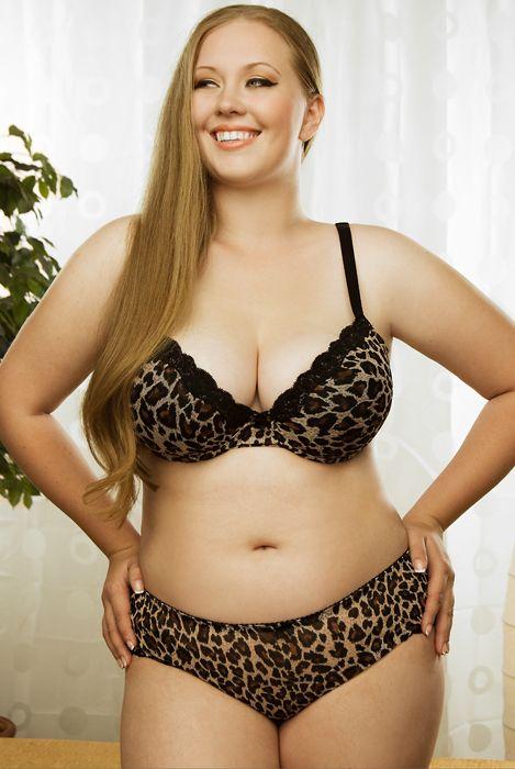 Plus size model Monica Harbison
