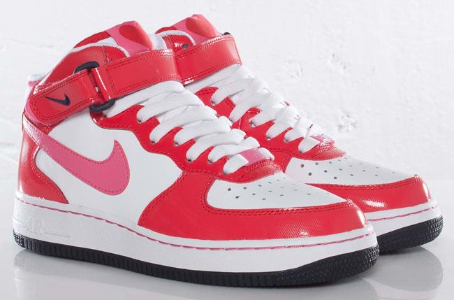 valentine nike shoes 2013