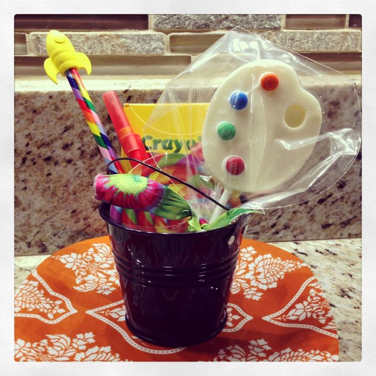 Party Favor Idea for an Arts & Crafts-themed party - #partyfavor #kidsparty