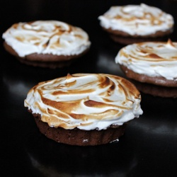 Brownie Tarts with Irish Whiskey Meringue