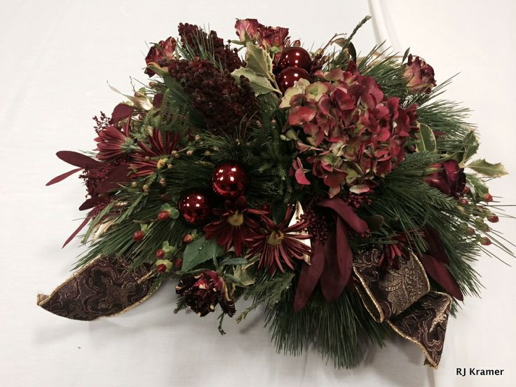 Burgundy holiday centerpiece | SPH Christmas | Pinterest