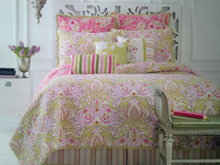 Dena Home Moroccan Garden Quilt Set Full Queen Shams