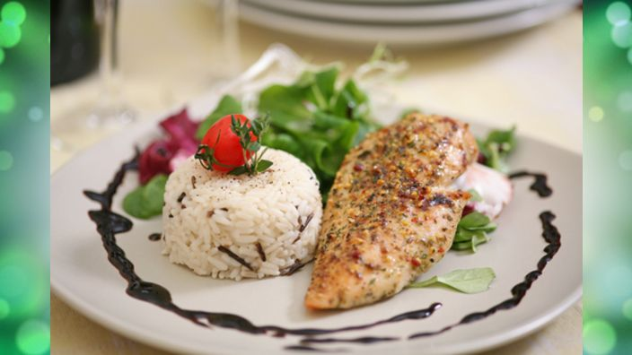 Studio 5 - Honey and Dijon Chicken with Rice/Tomato Salad