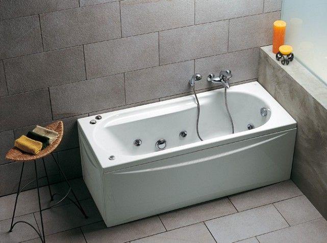 Petite baignoire balneo d co salle de bain pinterest for Petites baignoires