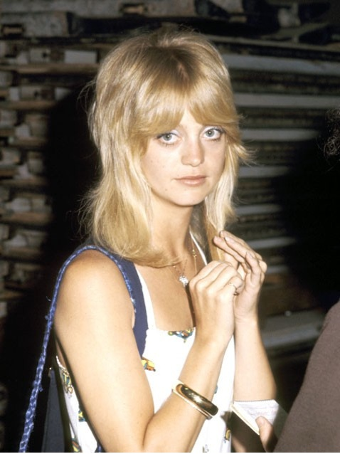 graduated hairstyles : Goldie Hawn Hairstyles With Bangs hnczcyw.com