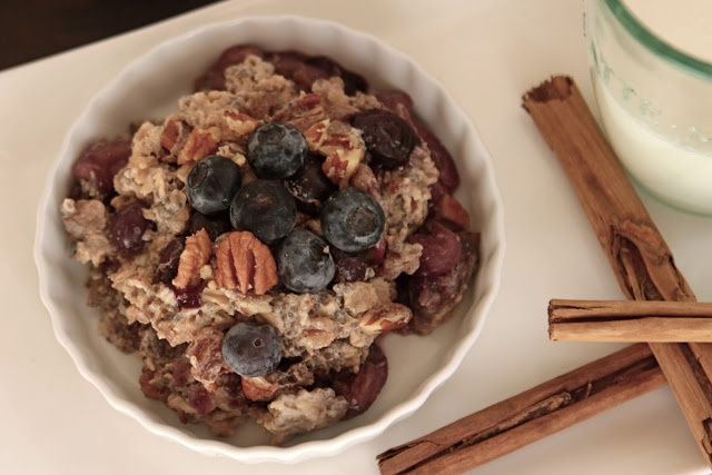 Baked Blueberry Banana Chia Seed Oatmeal | Breakfast | Pinterest