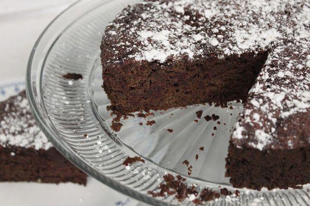 Moist Chocolate Beet Cake | CSA farm share - use it up! | Pinterest
