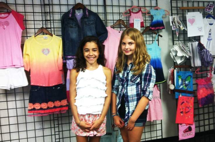 #FPgirls Yanna and Taylor checked in at the FP offices today!! What a blast! :) #girlsfashion