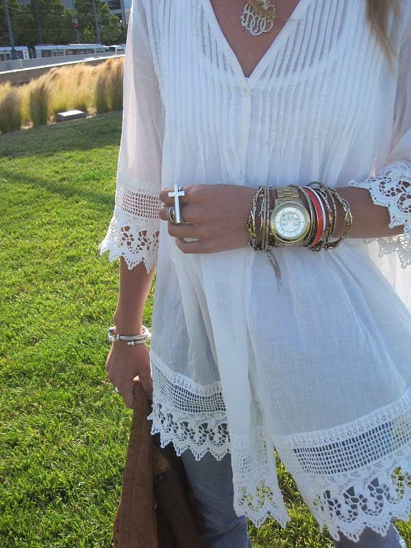 love the top and bracelets