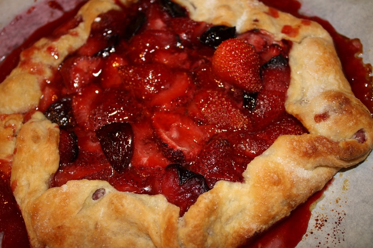 ... Garden: Tuesdays With Dorie: Baking With Julia- Mixed Berry Galette