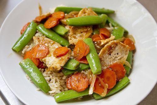 chicken stir fry w/sugar snap peas   A girl's gotta eat!   Pinterest