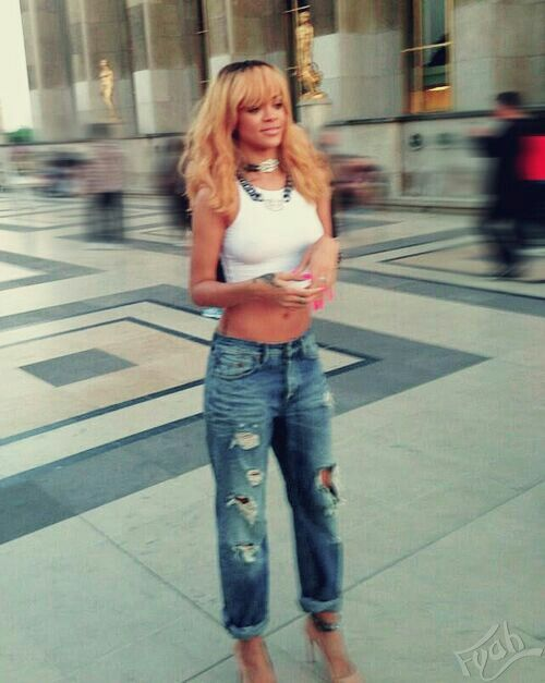 Ripped jeans crop top | clothes clothes clothes | Pinterest