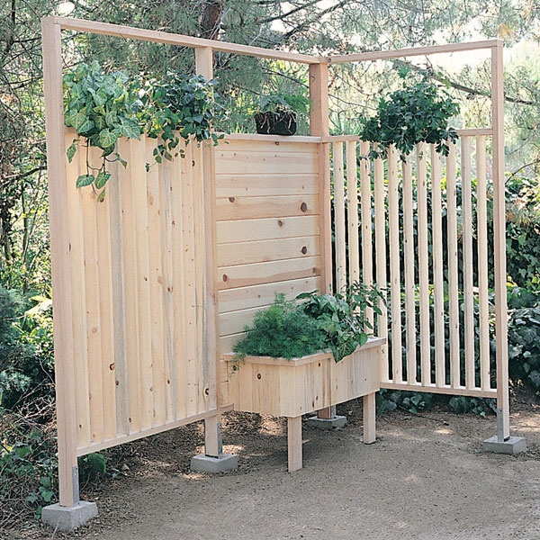 Privacy planter flowers plants pinterest for Garden privacy wall