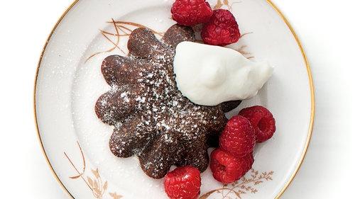 chocolate lava cakes molten molten chocolate cake jpg molten chocolate ...