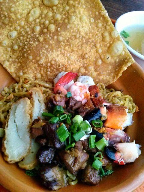 Crab noodles | My Foodgasm | Pinterest