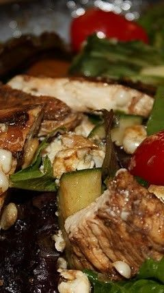 Grilled Balsamic Chicken Salad with Blue Cheese