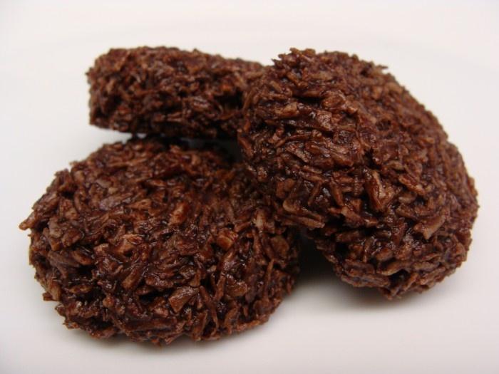 orange ganache recipe dishmaps chocolate macaroons with orange ganache ...