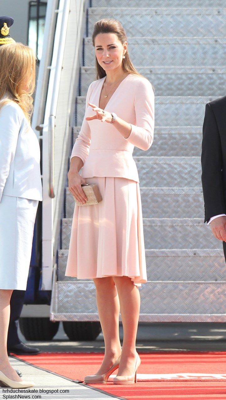 Duchess Kate: Kate in Pink McQueen for Adelaide Visit