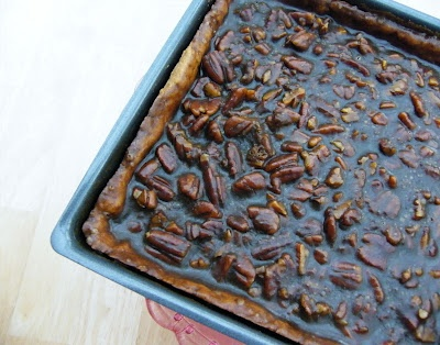Maple Pecan Sticky Bars | Foodies to try | Pinterest
