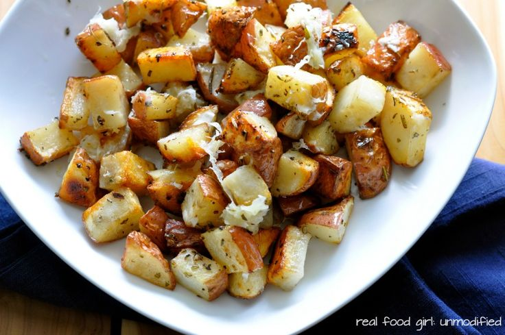 Real Food Girl | Grilled Parmesan Herbed Potatoes | http://www ...