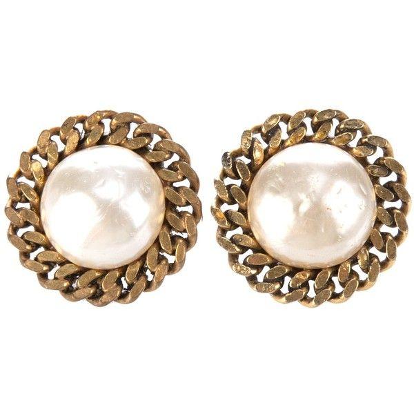 chanel vintage pearl earrings fashion