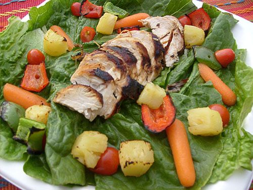 Grilled Pineapple Chicken Salad Even the veggies & fruit are grilled!