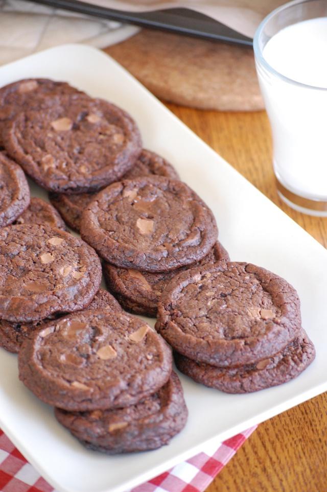 Dark Chocolate Shortbread With Fleur De Sel Recipe — Dishmaps