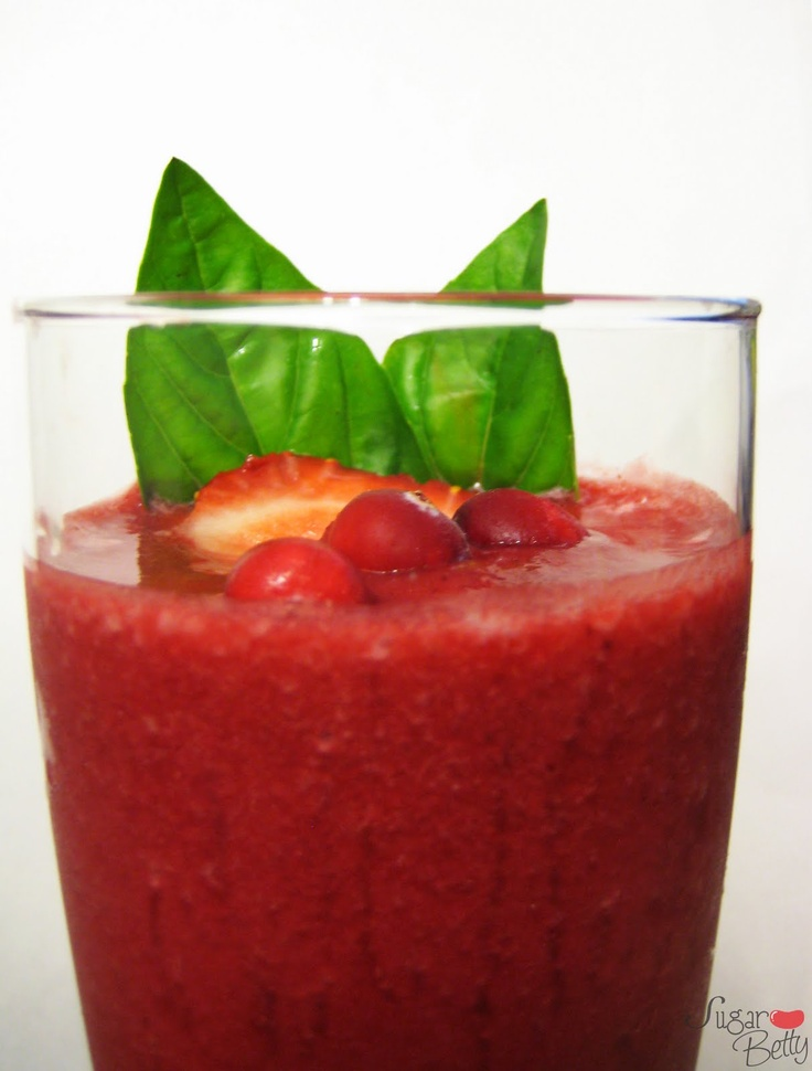 Strawberry, Beet, Pomegranate and Cranberry Smoothie. Antioxidant ...