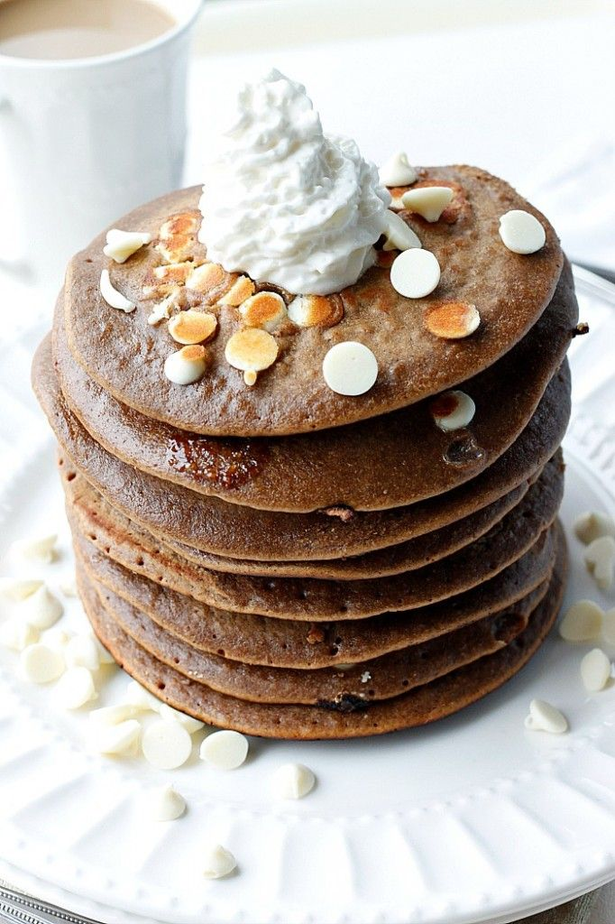 White Chocolate Gingerbread Pancakes : Fabtastic Eats