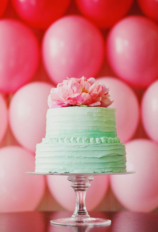 Pink & mint wedding cake... I may have just found my wedding colors...