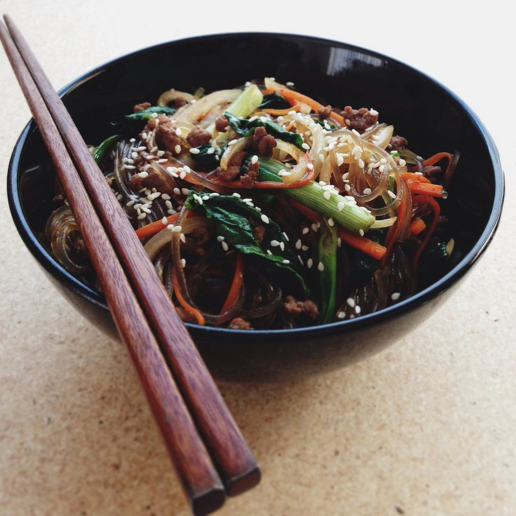 Japchae (Korean Stir-Fried Sweet Potato Noodles) #food #asian