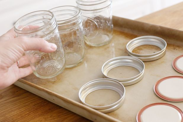 How to sterilize canning jars in oven for How long to sterilize canning jars