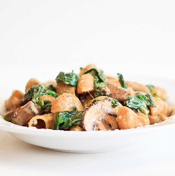 Pasta with Mascarpone, Spinach and Mushrooms
