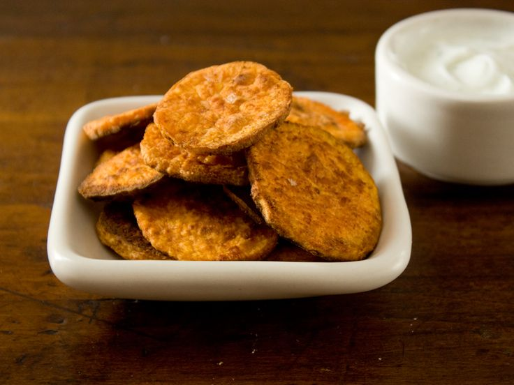 spiced sweet potato crisps with lime yogurt dipping sauce | The Best ...