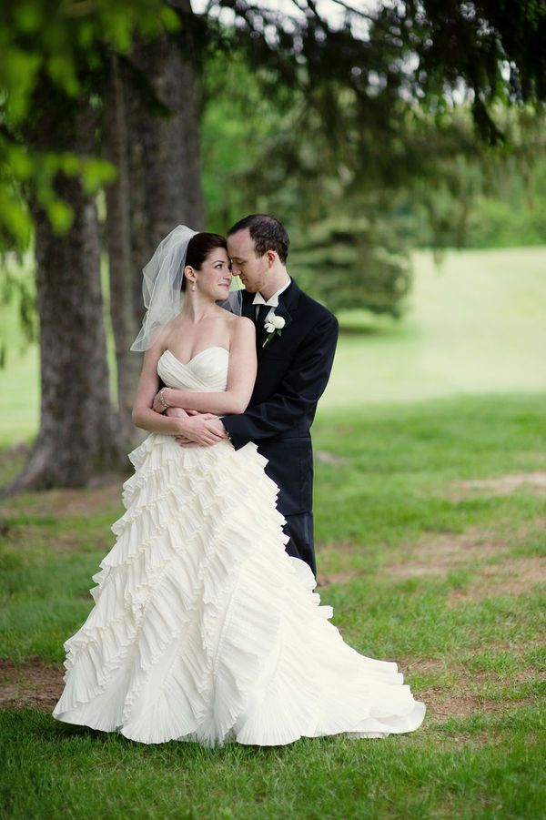 Beautiful Wedding Photo Pose This Is Nice Gives Me Ideas