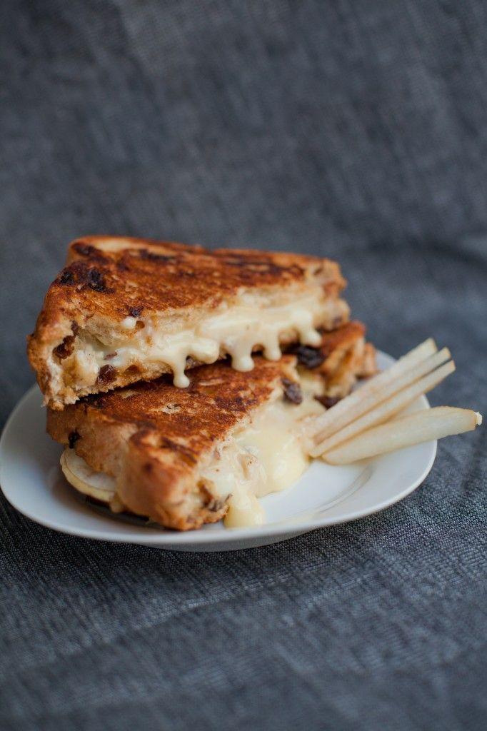Brie & Pear Grilled Cheese   bsinthekitchen.com #grilledcheese # ...