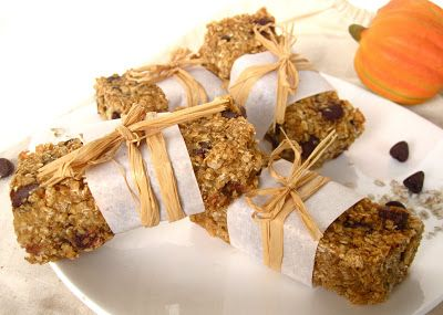 Low Fat Chewy Granola Bars With Pecans Raisins And Chocolate Recipes ...