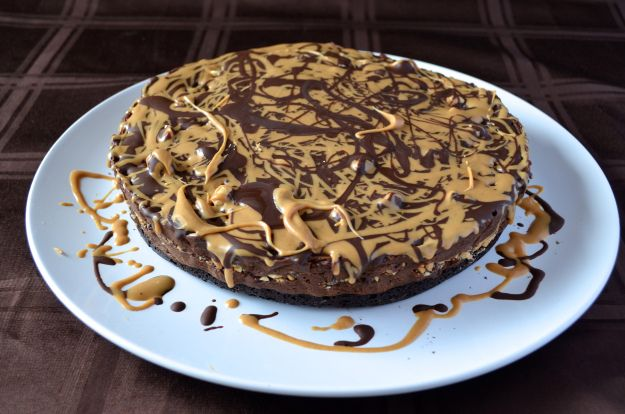 Chocolate Peanut Butter Truffle Pie with Brownie Crust – Lentil ...