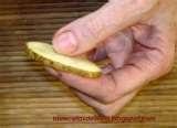 007 - Tips - Para evitar que el aceite refrito coja sabor dorar en él unas rodajas de papas.