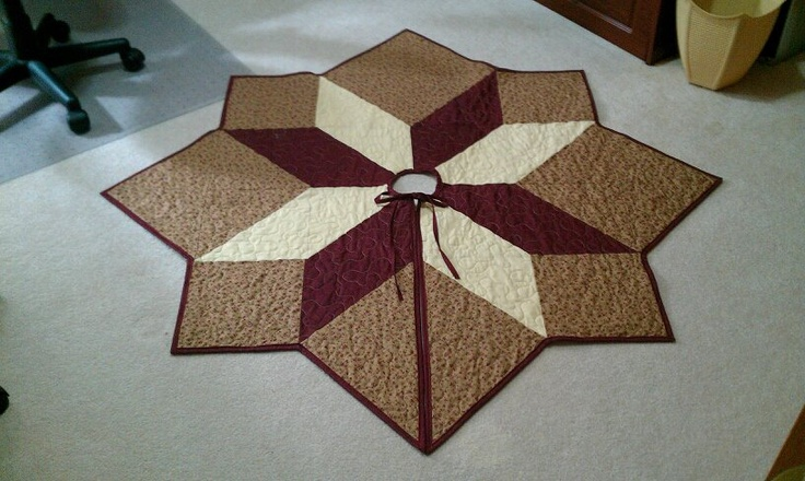 Quilted Christmas Tree Skirt Pinterest : Christmas Tree Skirt Quilts by me Pinterest