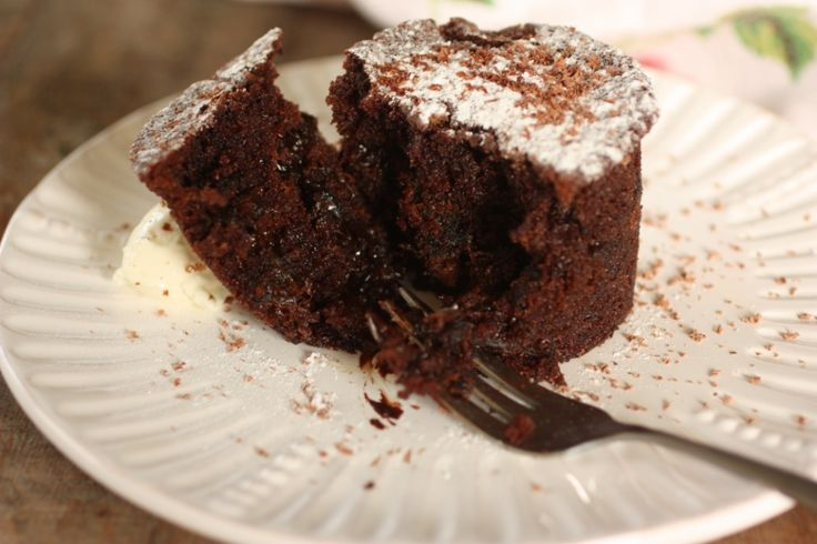 Chocolate and Prune Pudding cake | Baking | Pinterest