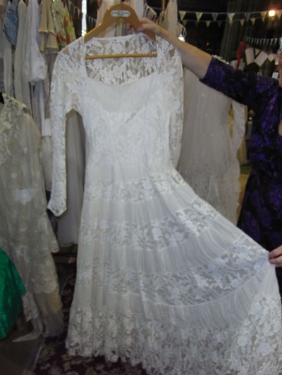 Second Hand Wedding Dresses To Buy 15