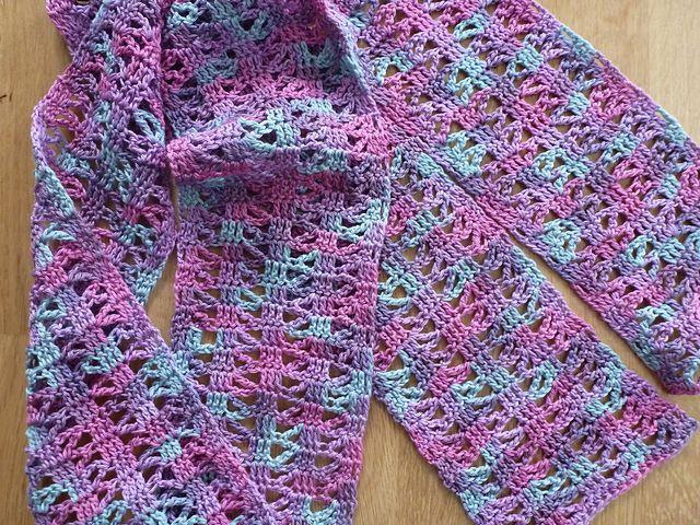 Ravelry Free Crochet Shawl Patterns : Pin by Linda on Crochet Scarfs,Cowl,Shawl Pinterest