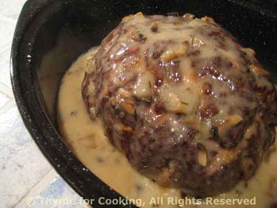 Meat Loaf with Mushroom Sauce; Cleaning forest mushrooms: Ceps